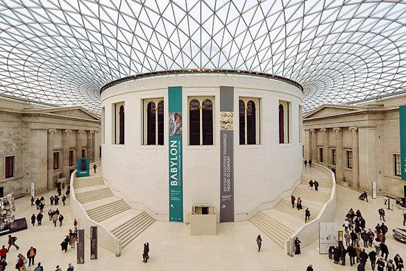 Foto del British Museum a Bloomsbury, Londra