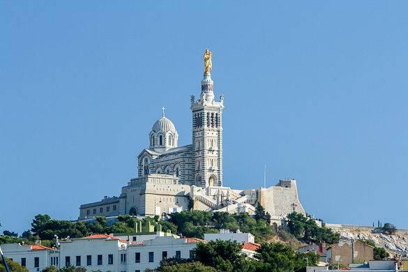 Immagine della basilica di Notre Dame de la Garde a Marsiglia