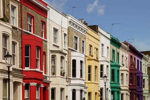 Immagini delle case lungo Portobello Road a Notting Hill