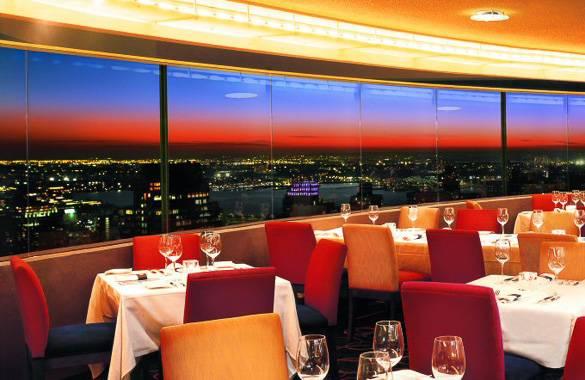 Foto del ristorante The View e della sua vista panoramica su New York