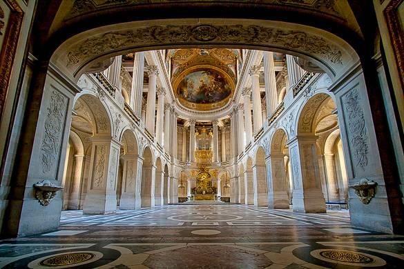Foto dell'interno della Cappella nella reggia di Versailles