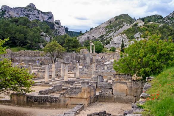Fotografia di Glanum, un antico sito romano nei dintorni di Saint-Rémy-de-Provence