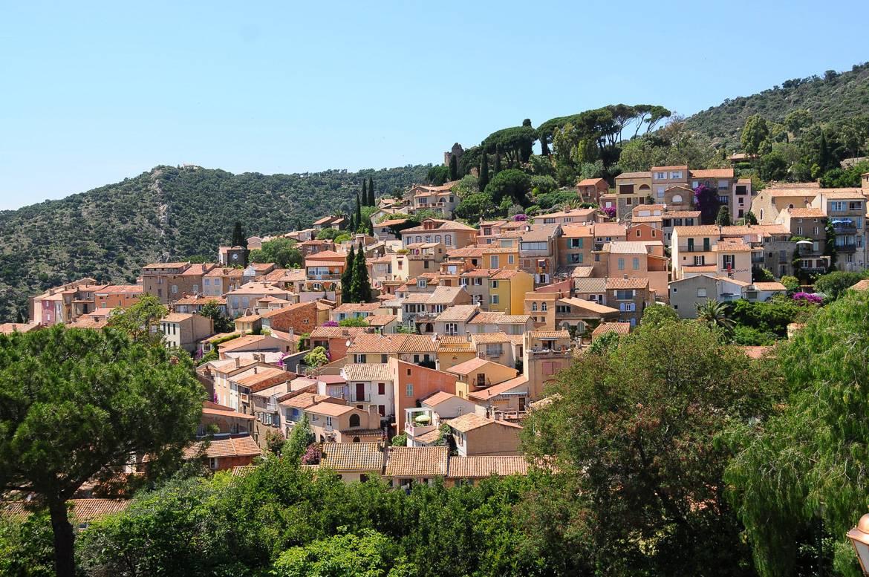Il villaggio Bormes-les-Mimosas in Provenza