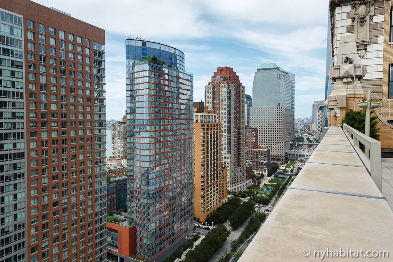 Immagine della vista di un appartamento monolocale ammobiliato a Battery Park