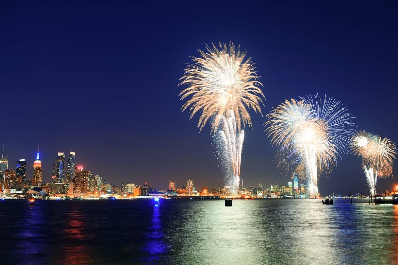 Immagine dei fuochi di artificio di Macy's del 4 di luglio