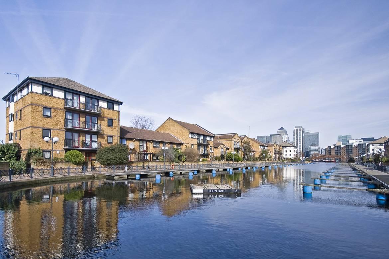 Appartamenti fronte fiume ad Island Gardens