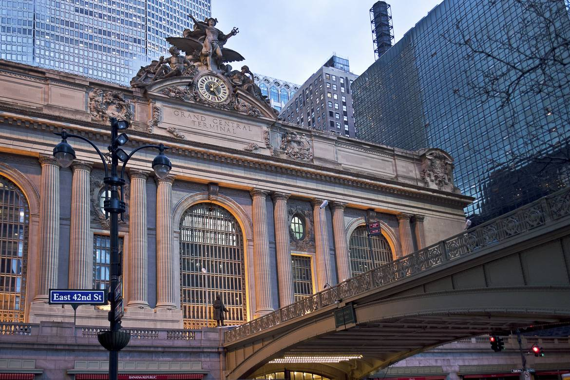 Foto della Grand Central Station e del Met Life Building