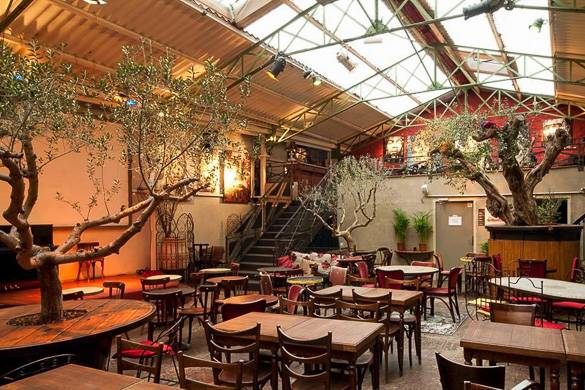 Immagine della sala da pranzo a La Bellevilloise