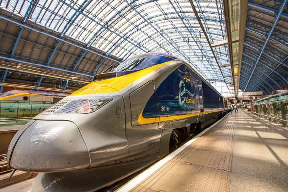 Foto della stazione internazionale Saint Pancras, a Londra.