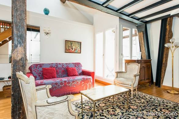Foto del soggiorno dell'appartamento con due camere da letto PA-3230