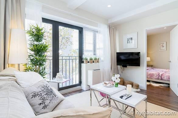 Immagine del soggiorno dell'appartamento NY-16343 a Midtown West