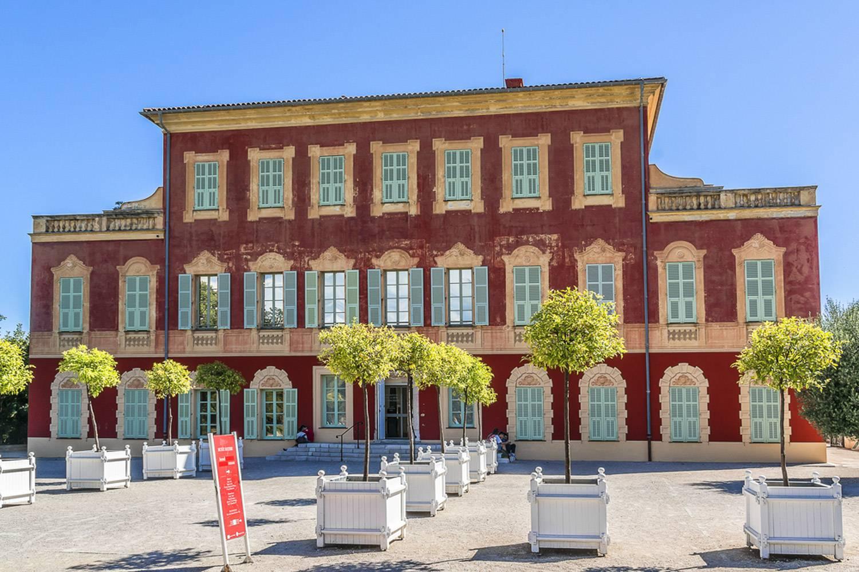 Immagine dell'esterno del Museo Matisse.
