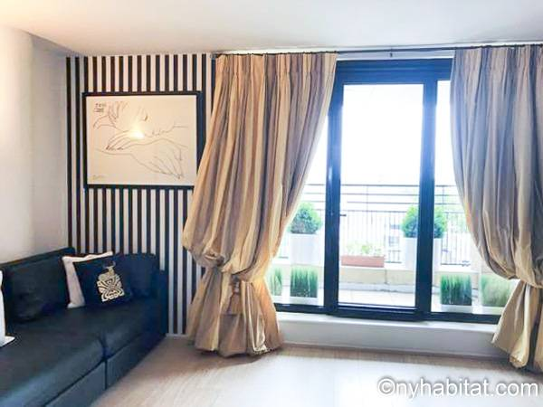 London - 2 Bedroom accommodation - Apartment reference LN-77
