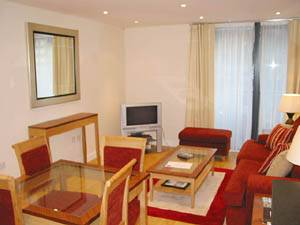London - 2 Bedroom accommodation - Apartment reference LN-378