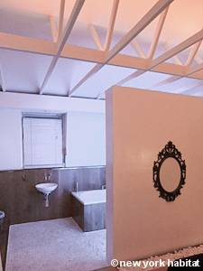 Bathroom 2 - Photo 4 of 4