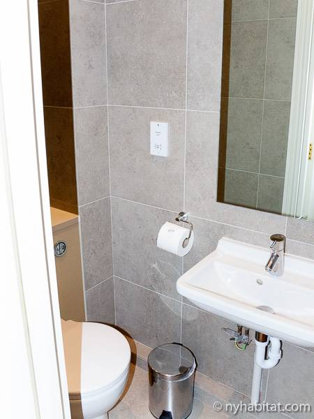 Bagno - Photo 1 di 3