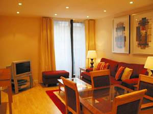 London - 2 Bedroom accommodation - Apartment reference LN-612