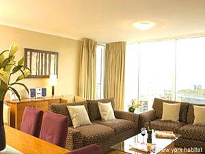 London accommodation 2-bedroom Canary Wharf (LN-511) Pict