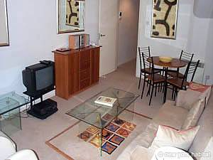 London - 2 Bedroom accommodation - Apartment reference LN-756