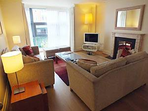 London - 2 Bedroom accommodation - Apartment reference LN-1163