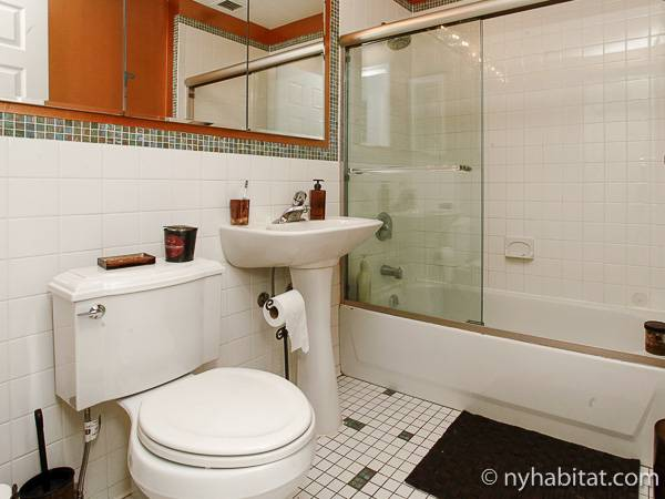 Bagno 1 - Photo 1 di 1