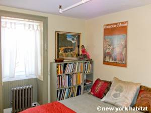 Bedroom 1 - Photo 2 of 8
