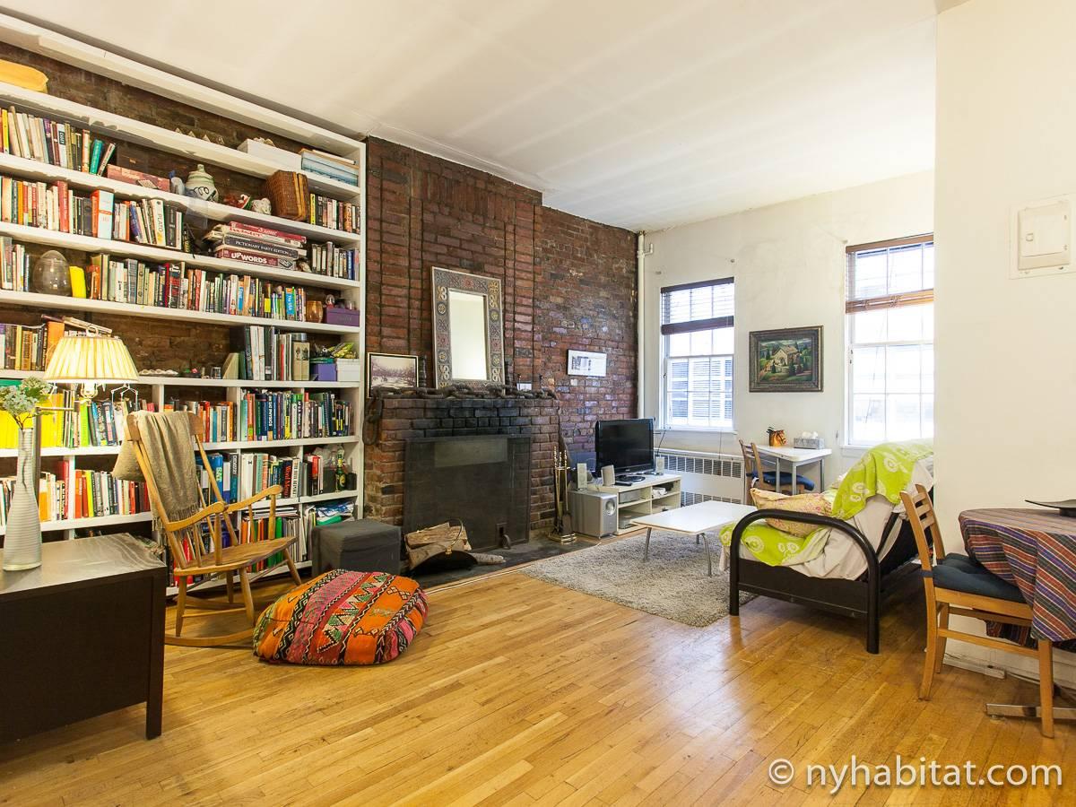 Apartment Layout Ny 14397 Image Slider Living Room Photo 1 Of 6