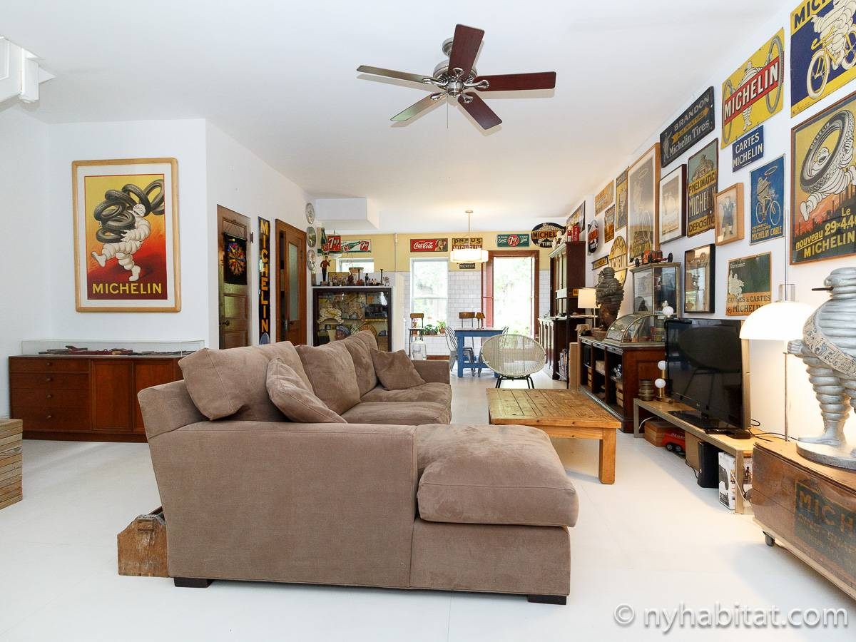 New York - 4 Bedroom roommate share apartment - Apartment reference NY-14478