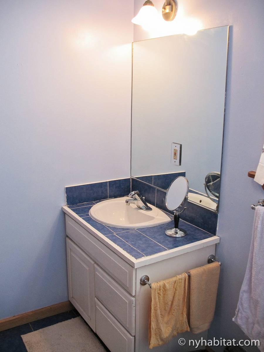 Bagno 1 - Photo 1 di 3