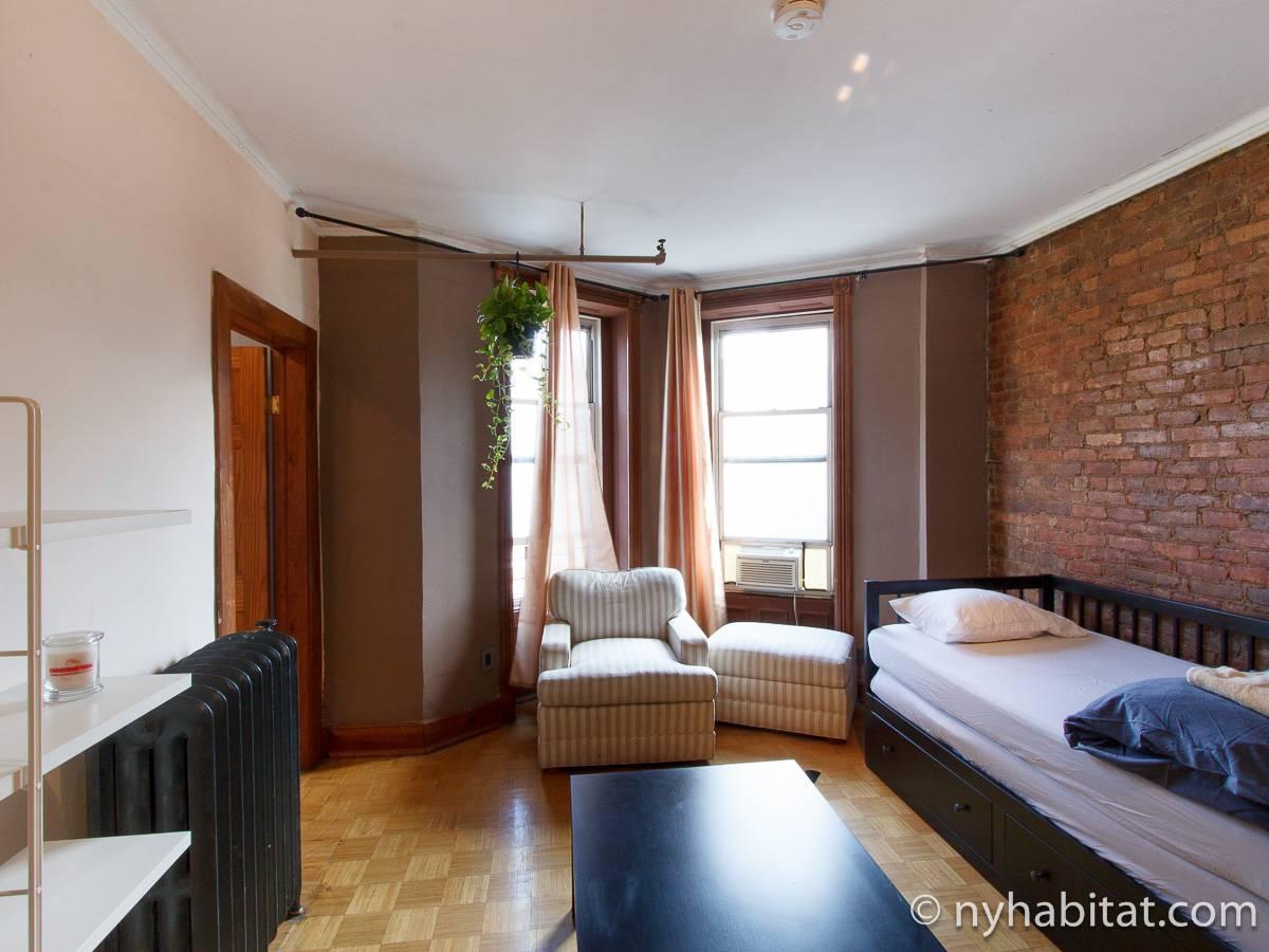 wohnungsvermietung in new york 5 zimmer bedford stuyvesant ny 14812. Black Bedroom Furniture Sets. Home Design Ideas