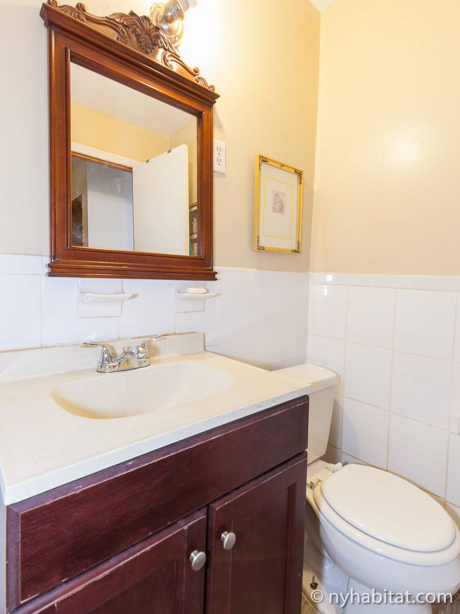 Bathroom - Photo 3 of 4
