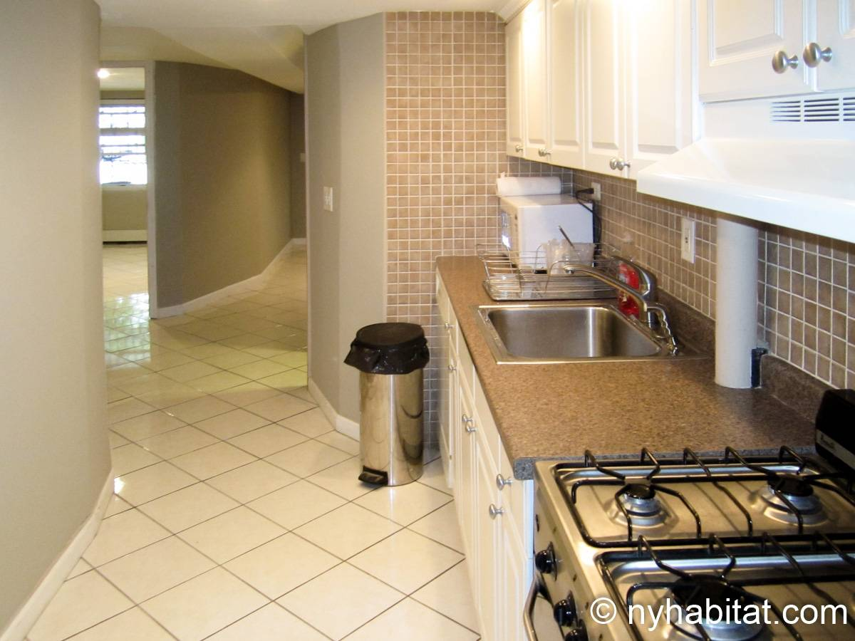 New york roommate room for rent in elmhurst queens 2 - 2 bedroom apartments for rent in new york ...