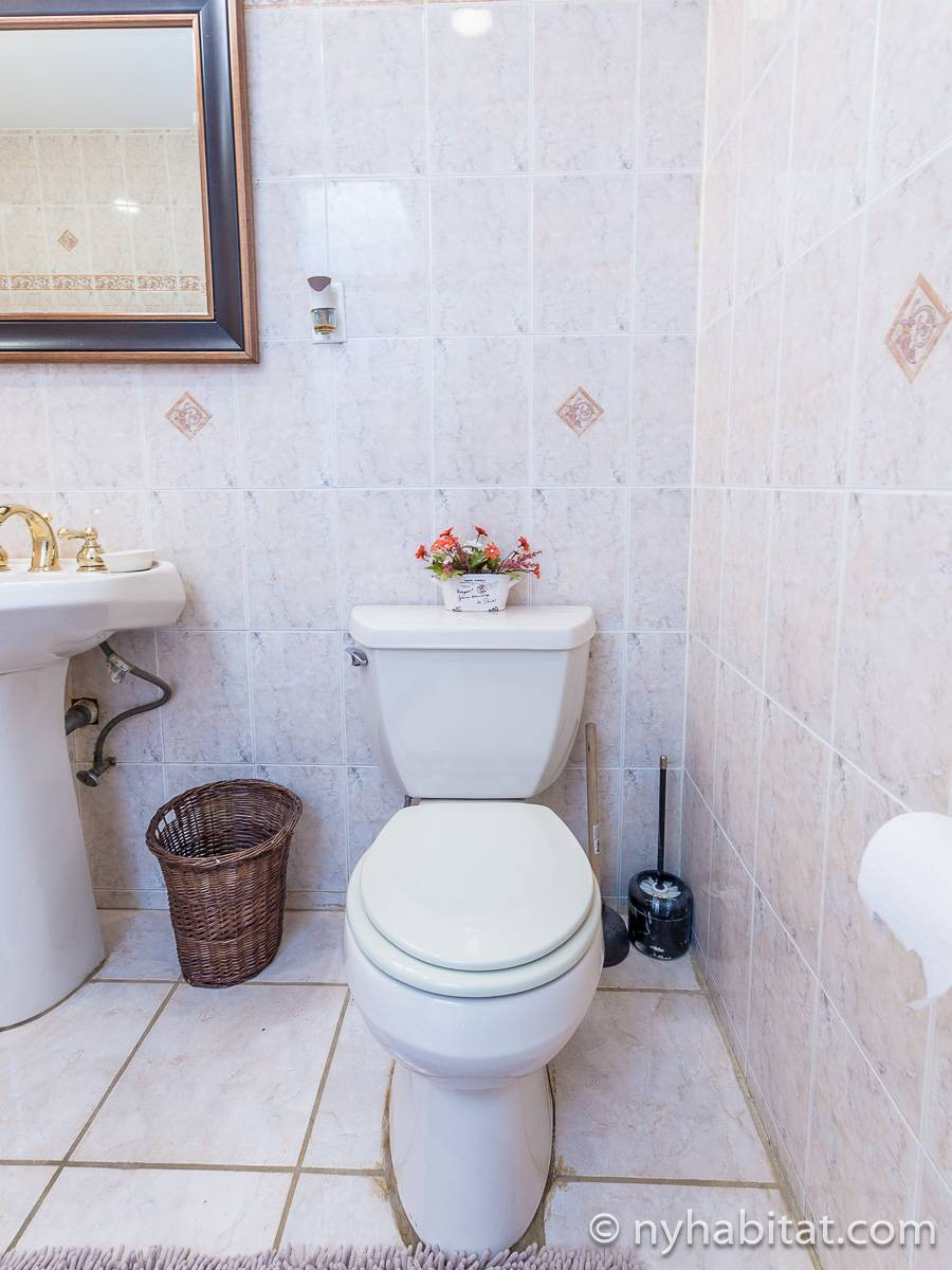 Bathroom - Photo 6 of 6
