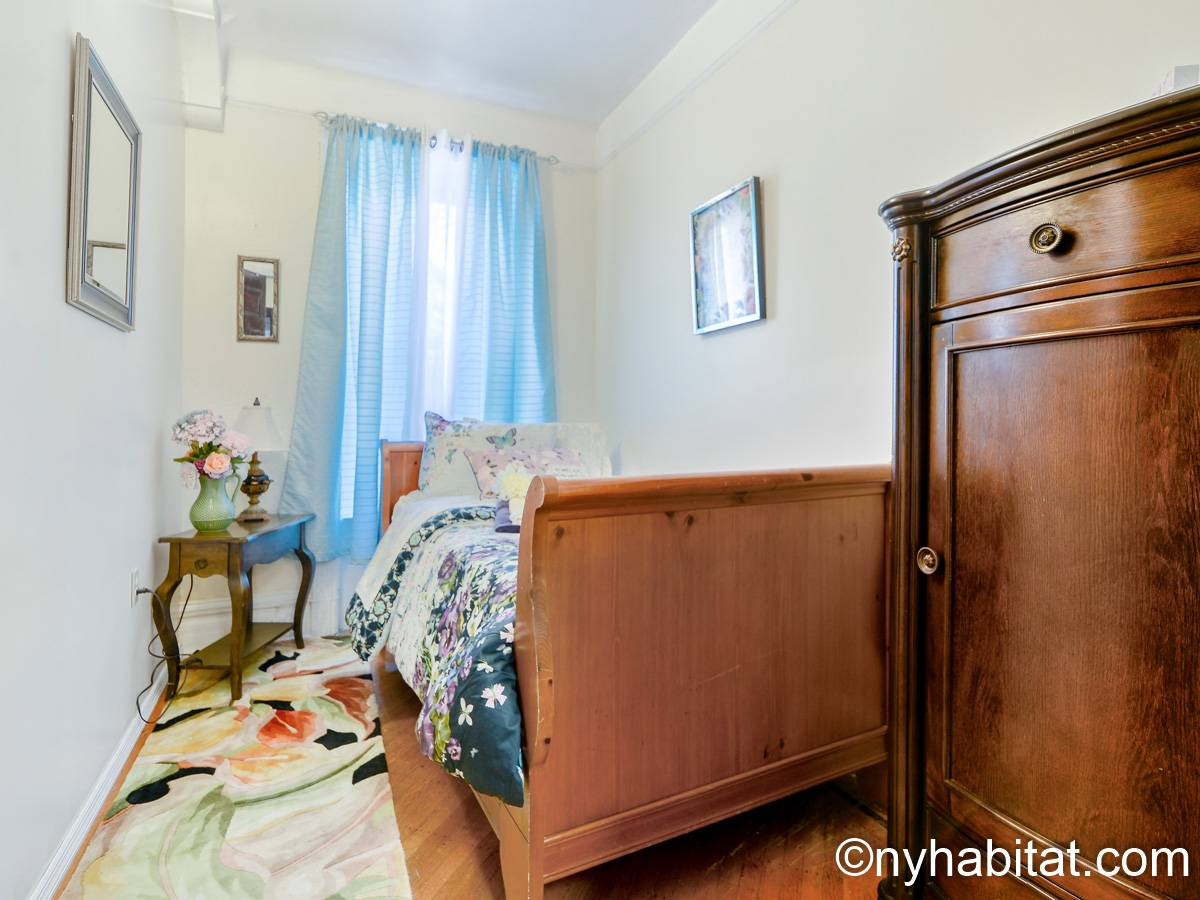 new york apartment: 3 bedroom apartment rental in crown