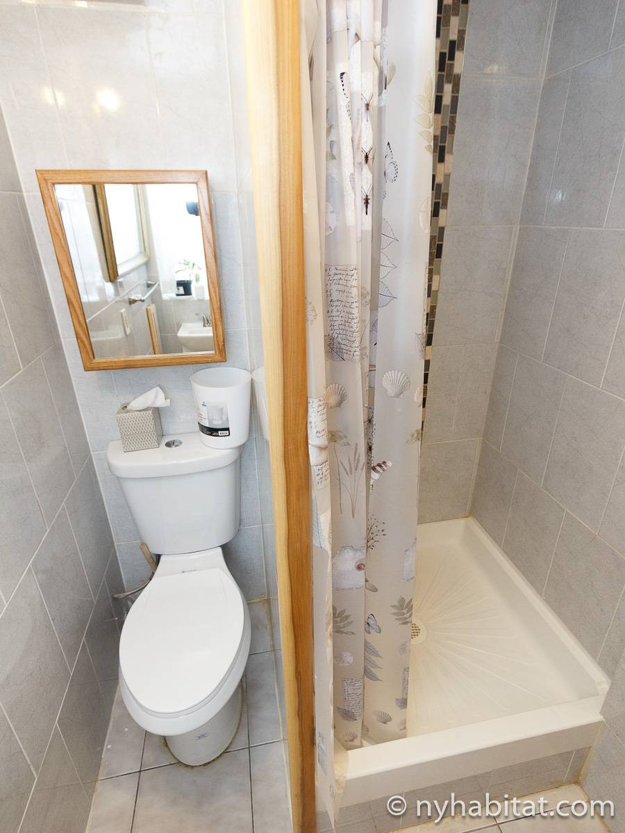 Bathroom 2 - Photo 2 of 3