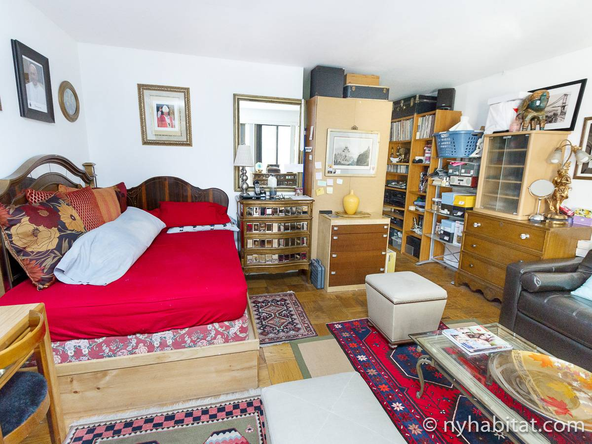 Living room - Photo 2 of 6