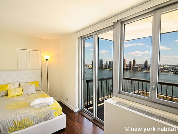 Delightful New York Apartment: 3 Bedroom Apartment Rental In Midtown East (NY 16407)