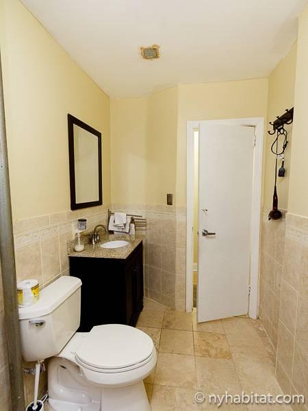 Image Slider Bathroom   Photo 2 Of 3