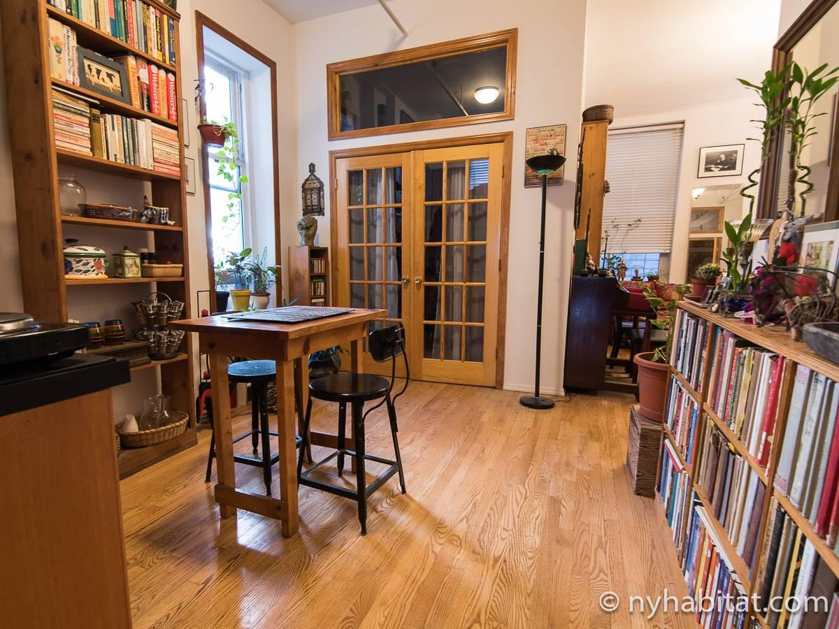 Piso para compartir en nueva york 4 dormitorios soho ny 16542 - Pisos en new york ...