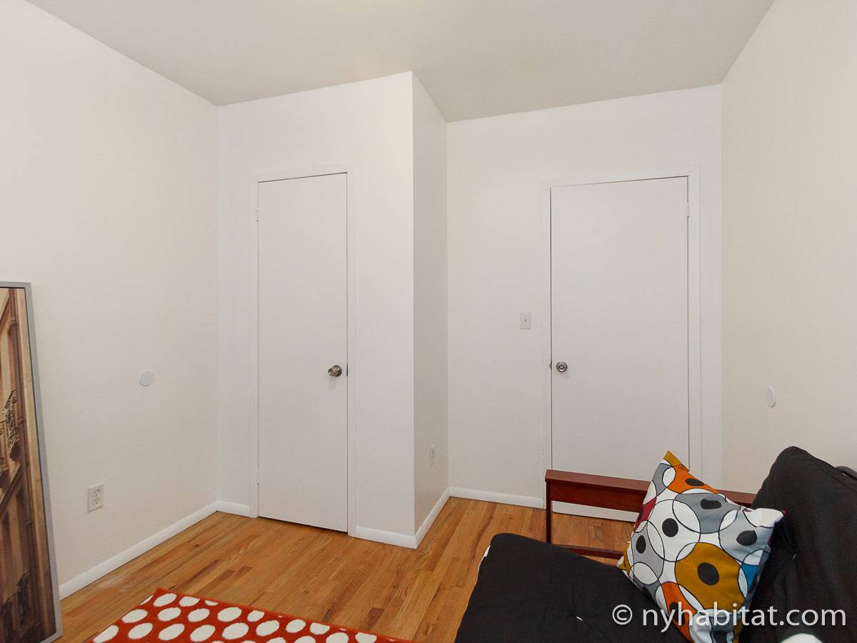 wohnungsvermietung in new york 4 zimmer bedford stuyvesant ny 16593. Black Bedroom Furniture Sets. Home Design Ideas