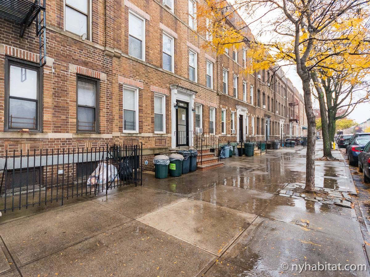 New York Apartment: 1 Bedroom Apartment Rental in Astoria ...