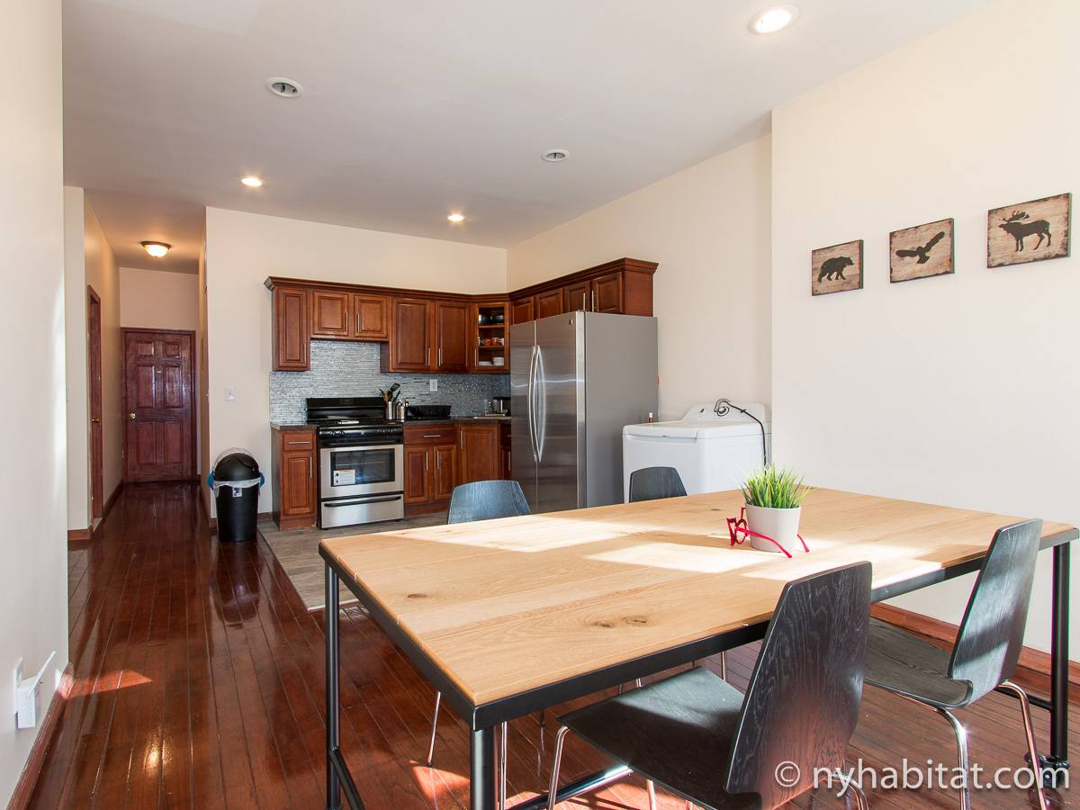 New York - 4 Bedroom roommate share apartment - Apartment reference NY-17086