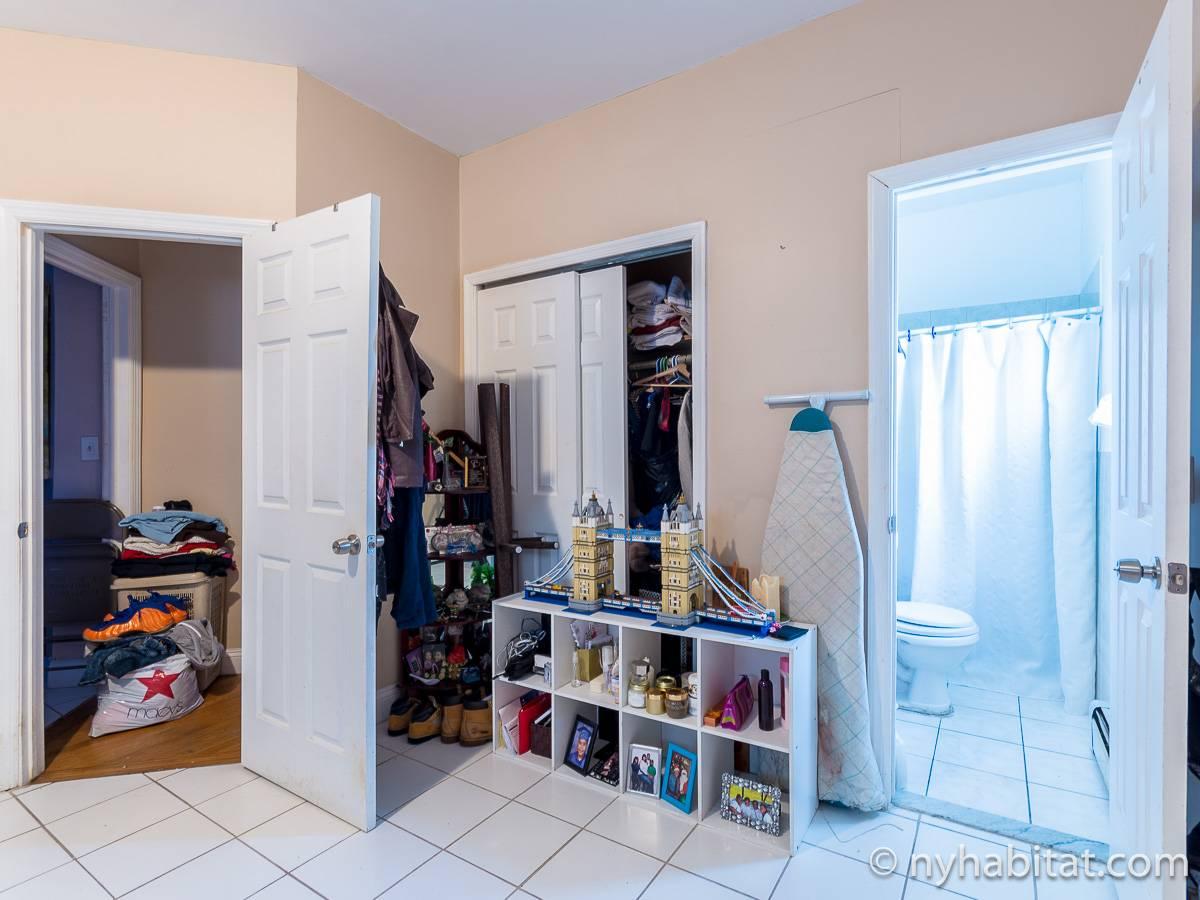 Stanza in affitto a new york 2 camere da letto queens for Appartamenti affitto nyc