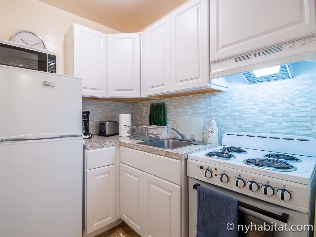 wohnungsvermietung in new york 2 zimmer upper west side ny 17733. Black Bedroom Furniture Sets. Home Design Ideas