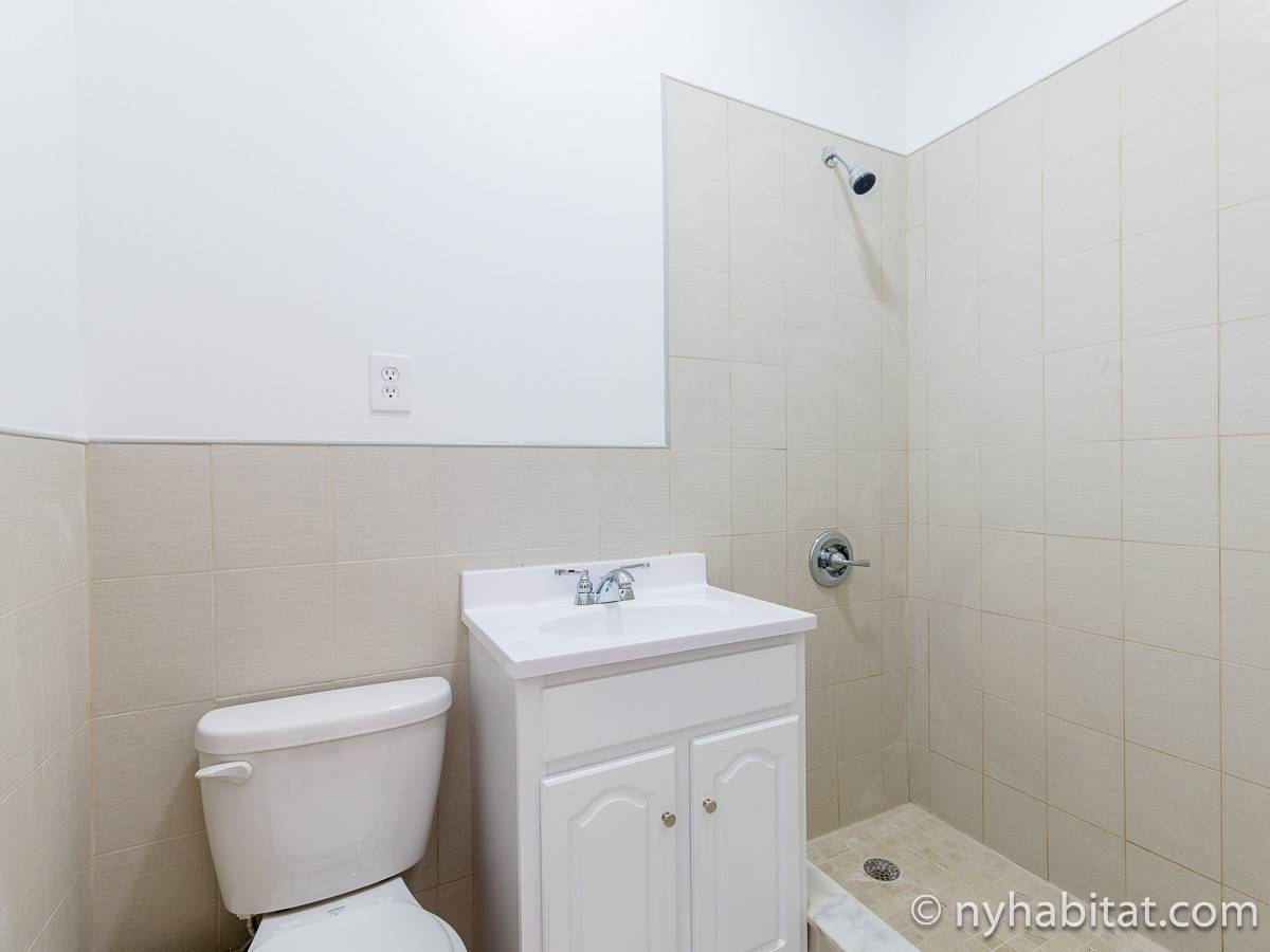 Bagno 2 - Photo 1 di 3