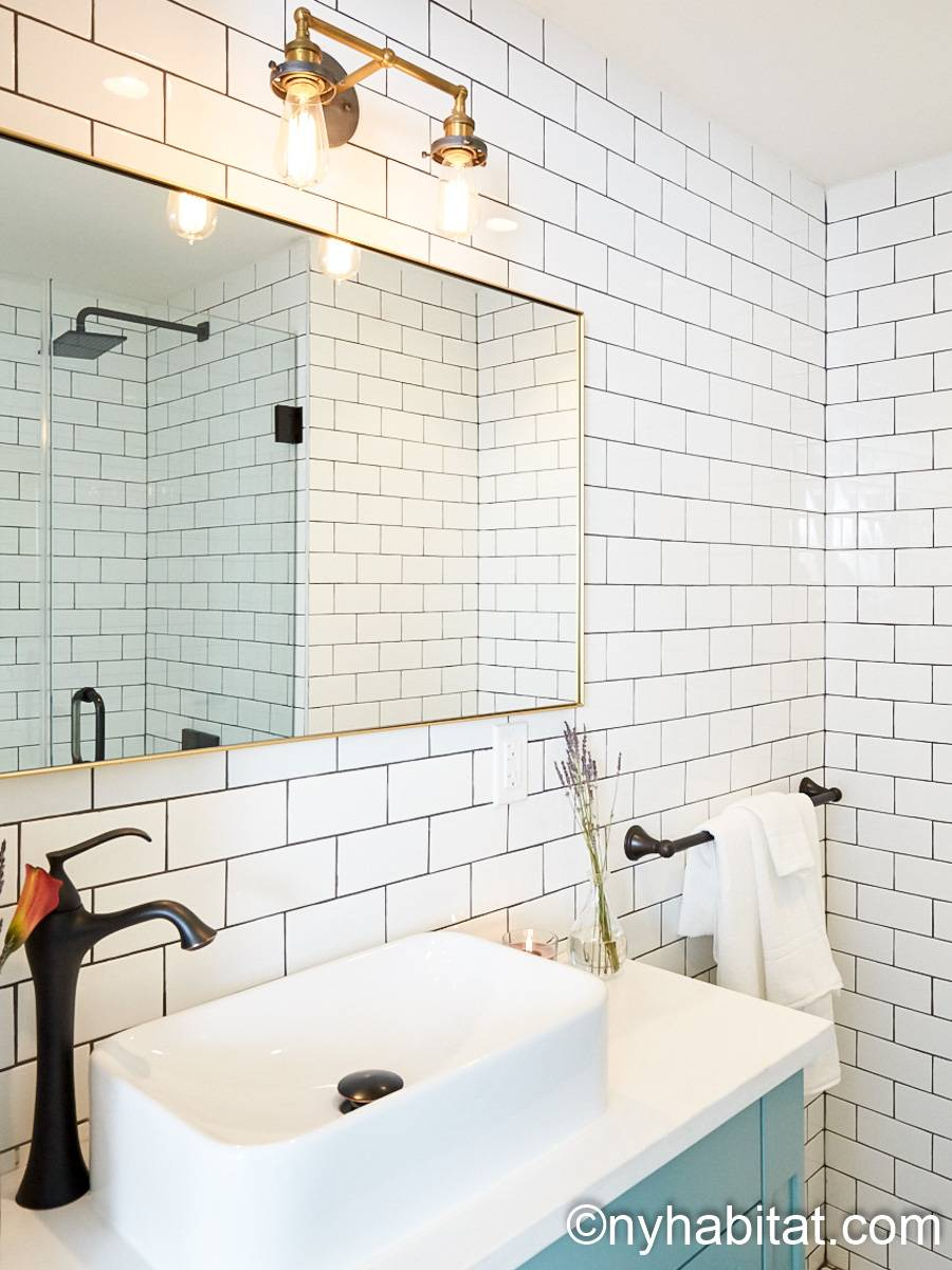 Bathroom 1 - Photo 2 of 3