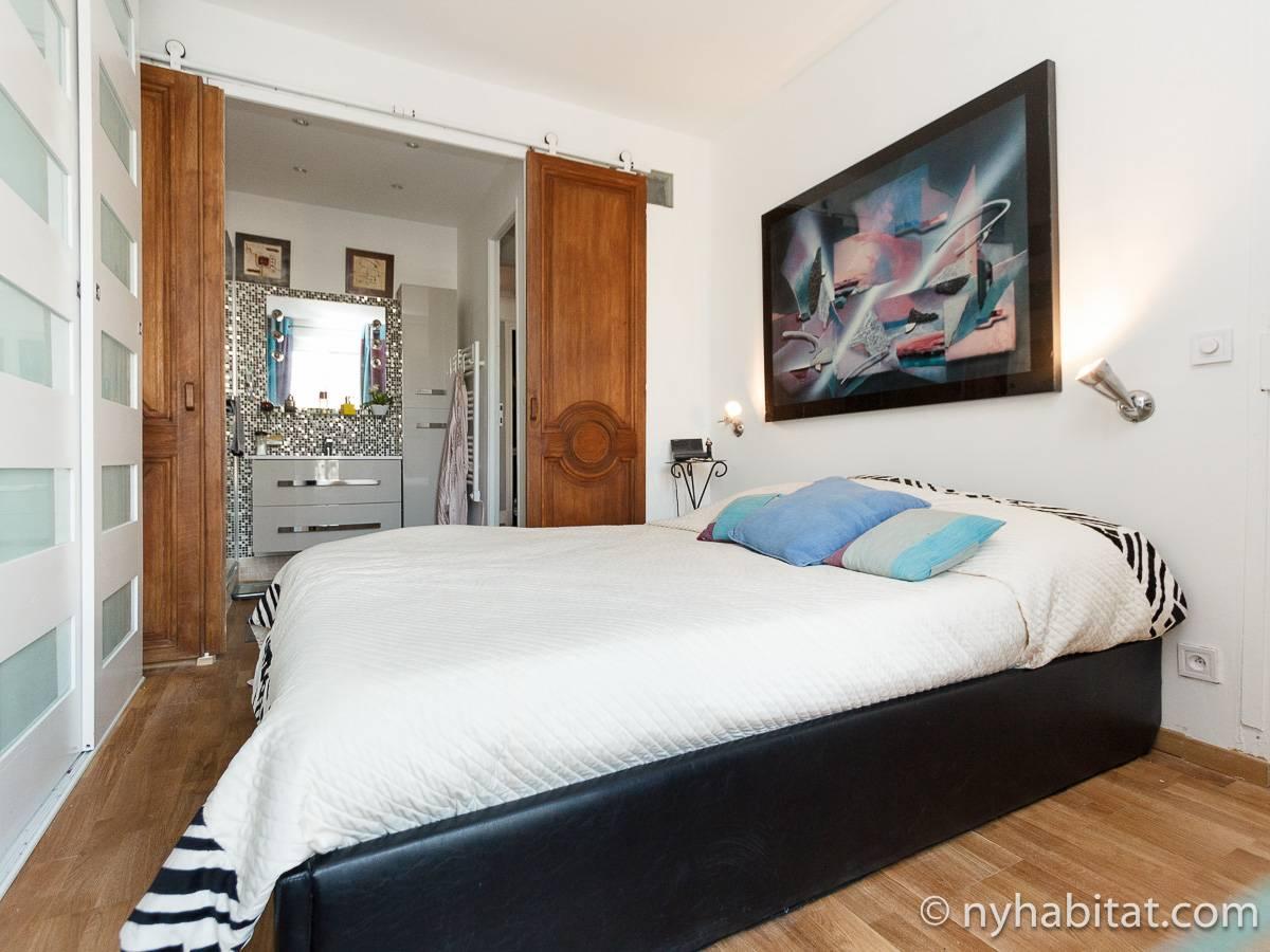 Paris Apartment 2 Bedroom Apartment Rental In Pigalle