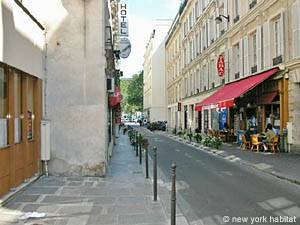 Paris - 2 Bedroom accommodation - Apartment reference PA-2541