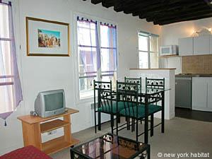 Paris Accommodation: 1 bedroom rental in Saint Michel