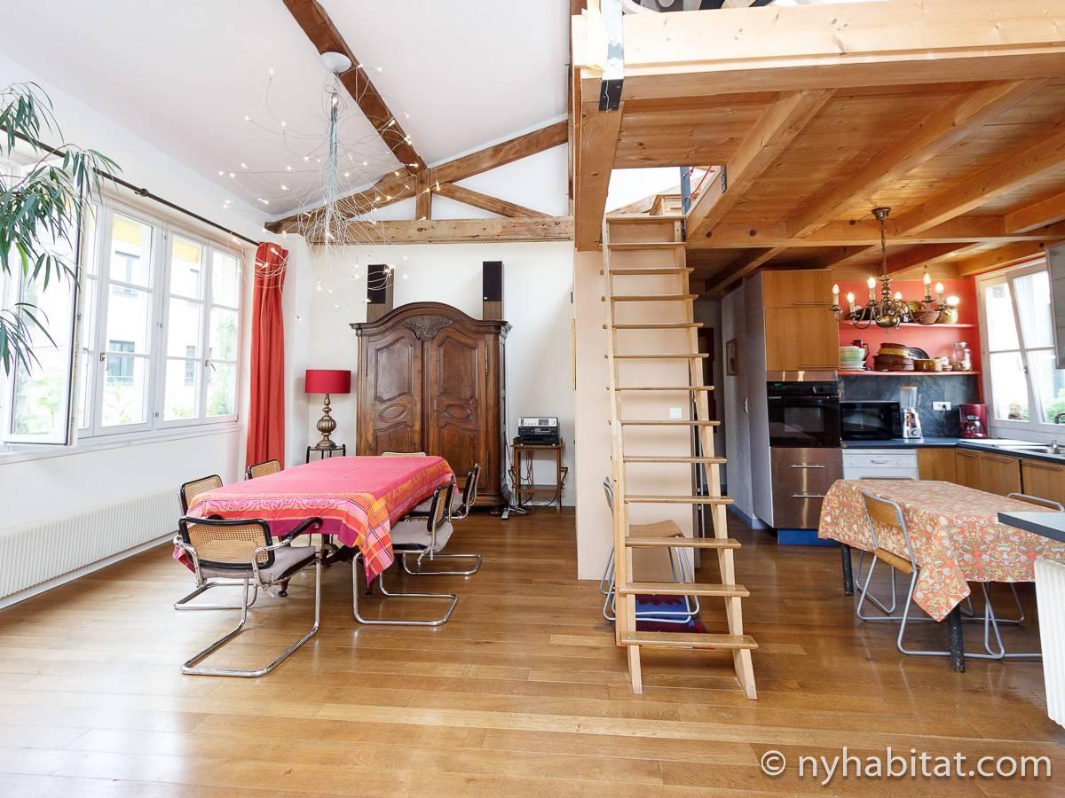 Paris Apartment: 3 Bedroom Loft Apartment Rental in ...